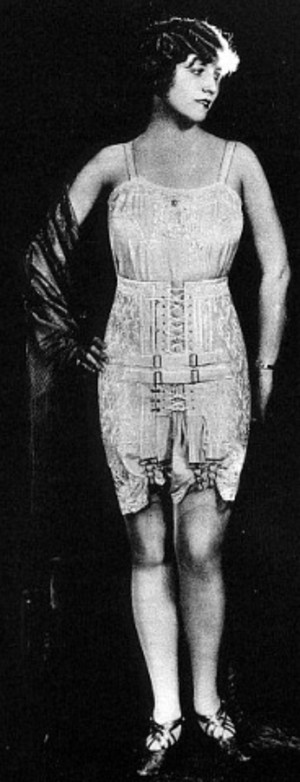 Spencer_1927_corset_31
